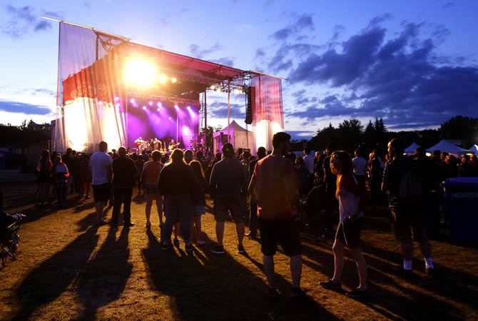 outdoor summer music concert