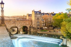 Pulteney Bridge over River Avon in Bath UK
