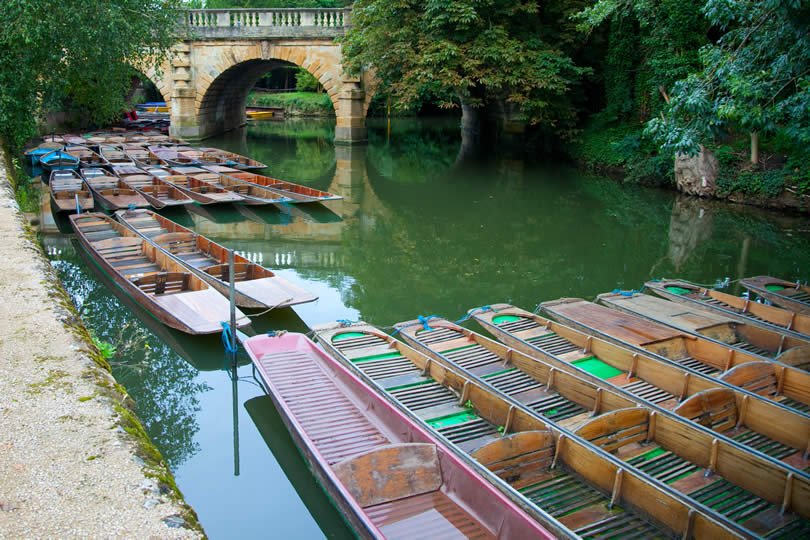 Punting in Oxford England