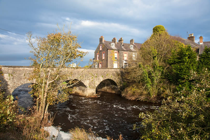 Bushmills bridge and town houses