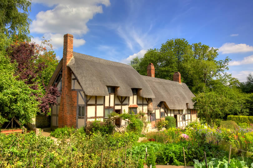 Anne Hathaway's cottage at Shottery England