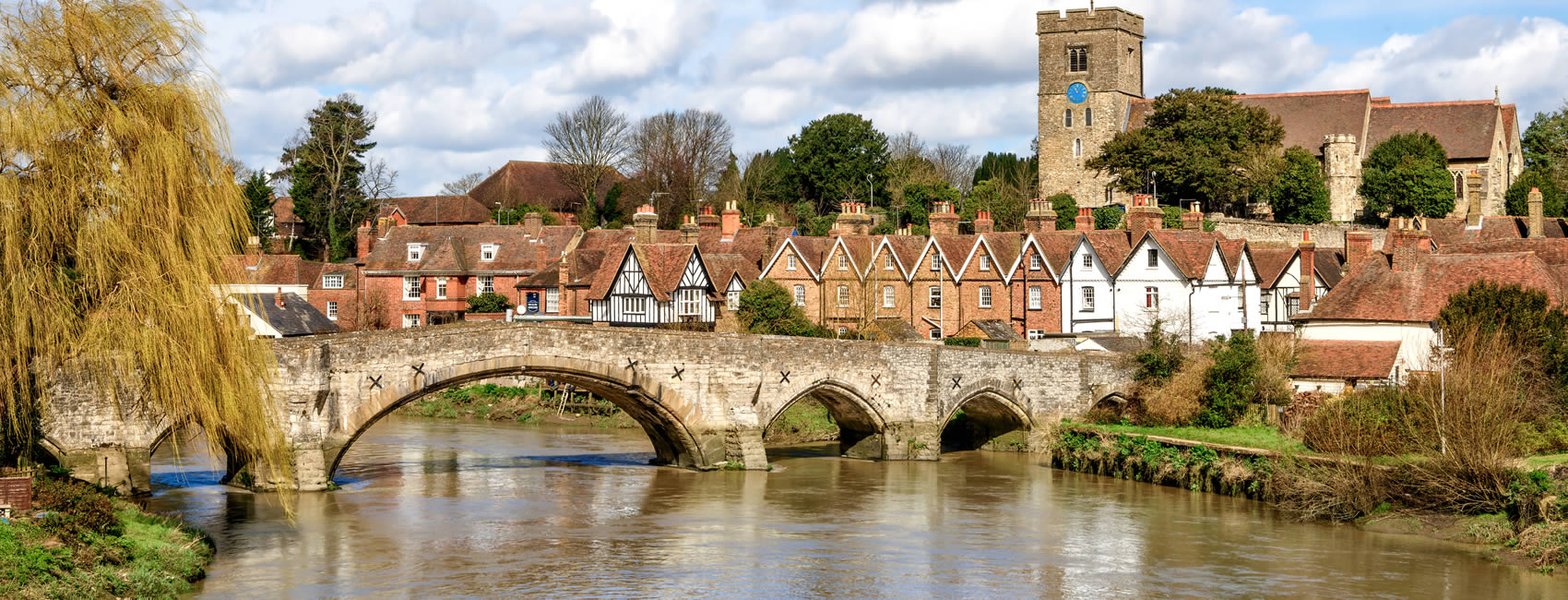 Aylesford town centre and bridge