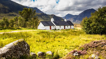 lodge stay in Scotland
