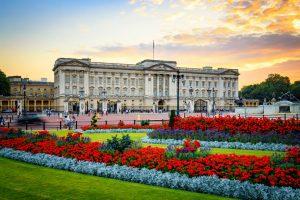Buckingham Palace on Mall London